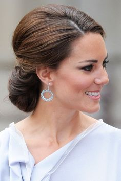 Wedding Hairstyles Medium Hair chic chignon at Kuala Lumpur - KATE MIDDLETON HAIR: See the most memorable of the Duchess of Cambridge's hairstyles, from up-dos and ponytails to her glossy blow-dried waves Wedding Hair And Makeup, Bridal Hair, Hair Makeup, Hair Wedding, Wedding Nails, Wedding Dresses, Cabelo Kate Middleton, Low Chignon, Bride Hairstyles