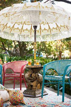 45 Patio Umbrella Ideas & Sun Shade Sail Designs for Backyard - Patio Umbrellas - Ideas of Patio Umbrellas - Imagine this Balinese Umbrella in your backyard Patio Table Umbrella, Outdoor Patio Umbrellas, Outdoor Decor, Bohemian Patio, Garden Parasols, Umbrellas Parasols, Estilo Tropical, Sun Sail Shade, Balinese Decor