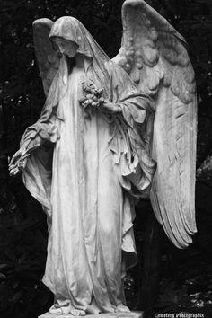 Cemetery Photographix Lady_Boleyn