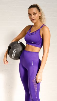 466cc4eb0321e Gymshark model wearing the Energy+ Seamless in Indigo. Power up and  increase the effort for