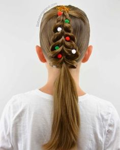 Christmas Tree Pull-Through Braid - Babes In Hairland # babes .- Christmas Tree Pull-Through Braid – Babes In Hairland # babes - Valentine's Day Hairstyles, Christmas Hairstyles, Little Girl Hairstyles, Hairstyles For School, Curly Hair Tips, Curly Hair Styles, French Twist Updo, French Braids, Dutch Braids