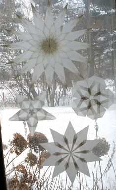 4 White Window Stars made from German translucent paper. It's a beautiful form of origami  that adds a natural, decorative touch to the home or classroom.   http://harvestmoonbyhand.blogspot.com/2012/09/important-qualities-in-friends.html