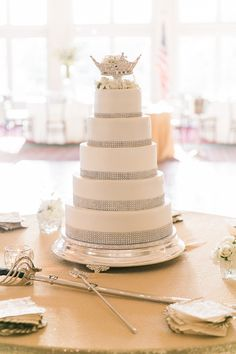 Wedding Cake. Maggie Bride Stefanie wore Marianne by Maggie Sottero at her Tennessee Military Wedding.