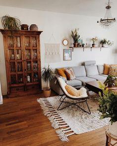10 Stunning Scandinavian Living Room Inspirations for your Home Living Room Decor Home inspirations Living Room Scandinavian Stunning Boho Living Room, Apartment Living, Home And Living, Bohemian Living, Modern Living, Apartment Hacks, Cozy Apartment, Modern Family, Simple Living