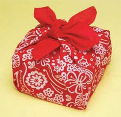 Furoshiki for the Holidays | The Etsy Blog (Cloth wrapping paper!)