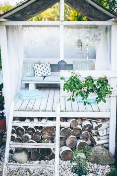She shed and flower bench area