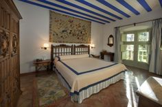 #Habitacion de #suite en el #Parador de #Almagro   #rusticChic #bodas #tematicas #lugar #magico #bodas con #encanto #nochedebodas #novios