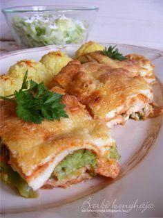 csirkemell Croatian Recipes, Hungarian Recipes, Hungarian Food, My Recipes, Chicken Recipes, Dinner Recipes, Recipies, Recipe Boards, Savoury Dishes