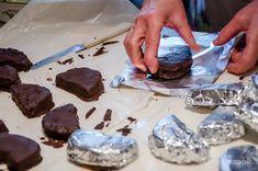 Παραδοσιακές Καριόκες (παραδοσιακό γλυκό Ξάνθης) | magiacook Pudding, Desserts, Food, Tailgate Desserts, Deserts, Custard Pudding, Essen, Puddings, Postres