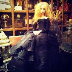 Victorian, Dolls, Inspiration, Dresses, Art, Fashion, Biblical Inspiration, Gowns, Moda