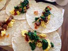 An easy set-by-step recipe for meal prepping 10 breakfast burritos at once. With scrambled eggs, turkey sausage, spinach, salsa and more!