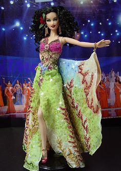 OOAK Barbie NiniMomo's Miss Hawaii 2009