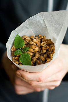 Kokkama Ragnega: Jõuluvürtsidega maapähklid