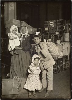 Italian Immigrants Arrive at Ellis Island. An Italian woman and her children arrive at Ellis Island. The concerned looks on their faces is due to lost luggage, Photo credit: Lewis W. Ansel Adams, World History, Family History, Isla Ellis, Old Pictures, Old Photos, Time Pictures, Lewis Wickes Hine, Ellis Island Immigrants