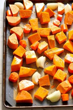 Roasted Pumpkin, Sweet Potato and Carrot Soup - Be Forever Healthier Carrot And Orange Soup, Pumpkin Carrot Soup, Pumpkin Sweet Potato Soup, Healthy Pumpkin, Sweet Potato Recipes, Pumpkin Recipes, Soup Recipes, How To Roast Pumpkin, Soup Store