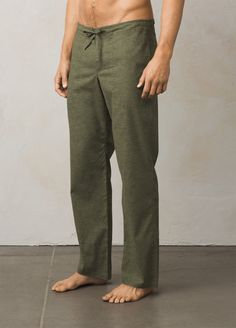 Sturdy enough for climbing, lightweight and comfortable enough for lounging, the all-purpose Sutra pant is as essential as they come. Linen Pants Outfit, Linen Pants For Men, Fashion Pants, Man Fashion, Steampunk Fashion, Gothic Fashion, Female Pirate Costume, Pirate Costumes, Mens Beach Pants