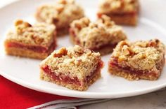 Discover a new jam with our Strawberry Jam Squares recipe. Made with a simple freezer jam, Strawberry Jam Squares are a quick and easy sweet dessert that will have you rocking out in less than an hour. Cookie Desserts, Sweet Desserts, Cookie Recipes, Delicious Desserts, Dessert Recipes, Yummy Food, Bar Recipes, Sweet Recipes, Jello Recipes