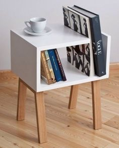 Trendy Reclaimed Wood Furniture and Decor Ideas For Living Green – Onechitecture - Diy furniture decor Cool Furniture, Modern Furniture, Furniture Design, Furniture Ideas, Modern Sofa, Shelf Furniture, Furniture Repair, Modern Living, Furniture Making