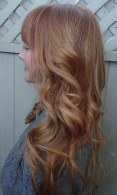 strawberry blonde hair..  Omg this is so beautiful! If only my hair could look this good:)