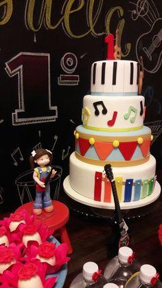 64 Trendy music theme cake first birthdays 2 Birthday Cake, Birthday Weekend, Baby First Birthday, Girl Birthday, Music Themed Parties, Music Party, Rockers, Music Cakes, Ideas Para Fiestas