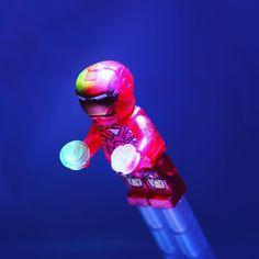 Iron man... #lego #legos #legostagram #ironman #marvel #lighting #instagood #instagram #instalego #instalike #instadaily #photo #photogrid #photobooth #photographer #photooftheday #toyphotography #new #toycrewbuddies #toyslagram_lego #southport #legominifigures #brick #afol #allshots #superheroes by lego__addict