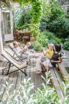ladnebebe_emigrantka_rodzina w ogrodzie 1