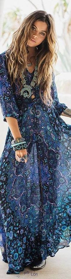 Bohème Hippie Boho Gipsy. Check out @RangeelaaCanada for latest trends in Bohemian styles.