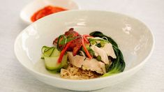 Sashi cooks a Singaporean style sous vide chicken with crispy skin, bok choy and a spicy chilli and ginger sauce. Singapore Chicken Rice Recipe, Chicken Rice Recipes, Master Chef, Chicken Recipes Australia, Masterchef Recipes, Chinese Cooking Wine, Masterchef Australia, Poached Chicken, Ginger Sauce
