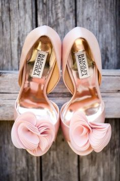 @Gfuece (Lupita Fuentes) (Lupita Fuentes) zapatos rosa by Mischka