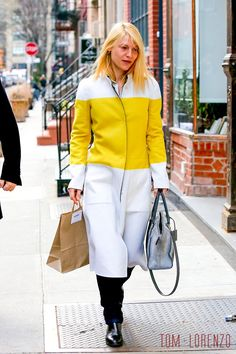 Claire-Danes-GOTS-Street-Style-GVNYC-Narciso-Rodriguez-Tom-Lorenzo-Site (3)
