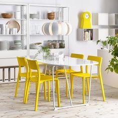 Eetkamer inspiratie: Een zonnige plekje voor een feestje (of gewoon om te ontbijten).