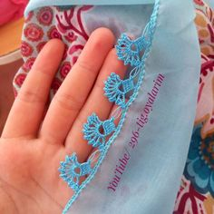Der Neuen 7 : Easy Crochet Needlework-modellen die u nu moet doen Easy Crochet, Crochet Lace, Made A Mano, Face Polish, Cool Baby Clothes, Makeup Wipes, Winged Eyeliner, Travel Size Products, Embroidery Stitches