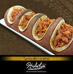 """Tacos de Cantina: Tacos de fideo seco y asado de puerco."""