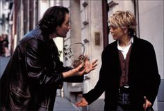 French Kiss (1995)  NECKLACE ROBBER..... THIEF OF DIAMANTS!!!!  FRENCH KISS 1995!!! SWEET MOVIE....