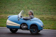 A Pipe, a Flat Cap, and a 1958 Brütsch Mopetta, then my life… – Sport Cars Microcar, Vintage Cars, Antique Cars, Bmw Autos, Car Museum, Ferrari F40, Weird Cars, Smart Car, Cute Cars