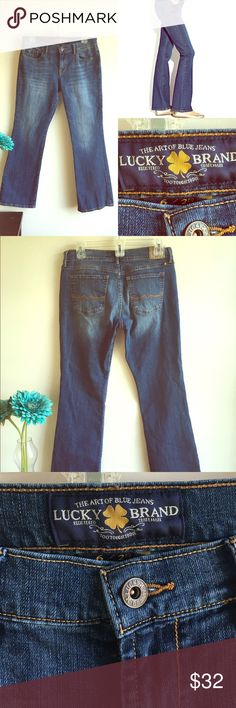 ⭐️ Lucky Brand 🍀 Women's Flare Jeans⭐️ ⭐️Lucky Brand 🍀 Women's Flare Jeans⭐️ Size 6/28. Excellent Condition! Flare leg. The Lucky Brand. Next day shipping. All sales are final. Lucky Brand Jeans Flare & Wide Leg
