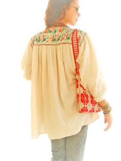 Mexican embroidered top blouson