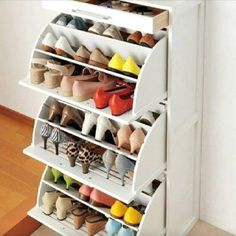 Creative storage for shoes in small space, thanks DIY!