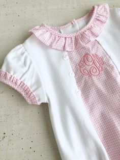 This soft knit bubble with light pink seersucker gingham accents is sure to be a favorite in her closet. Perfect for ladies lunches, crib time, and even portraits. Don't miss this sweet style that was brought back by popular demand! Easter Outfit, Easter Dress, Smocking Plates, Smocking Patterns, Baby Sewing, Sew Baby, Ladies Lunch, Embroidered Clothes, Heirloom Sewing