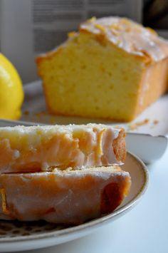 Elodie's Bakery: Lemon Cake