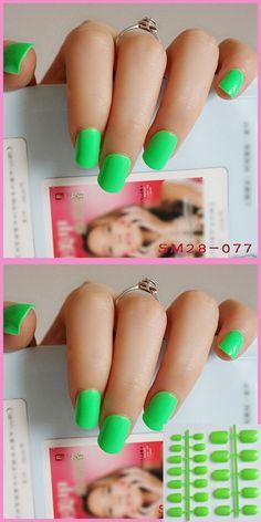 Water Green Fake Nails Sweet Candy Natural Square Nail Lady False Fake Nails Glitter Full Nail Tips 077