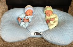 Pillow for twins! Genius for parents expecting twins.