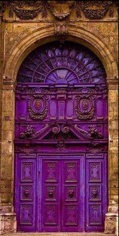 Purple Front Doors, Purple Door, Cool Doors, Unique Doors, Entrance Doors, Doorway, Entrance Ideas, Grand Entrance, Door Knockers