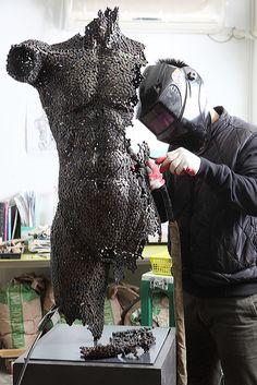We've seen Young-Deok Seo's welded chain sculptures