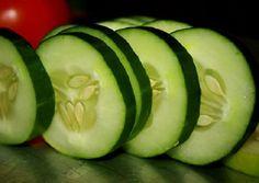 Quando se fala de pepino, pensamos logo em saladas e máscaras de beleza.No entanto, estamos aqui para mostrar que há muitas outras propriedades benéficas para nossa saúde e bem-estar.O pepino é saboroso e nutritivo.E também é muito fácil de cultivar.