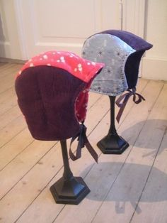 Reversible Toddler Hat/Bonnet  •  Free tutorial with pictures on how to make a baby hat in under 120 minutes