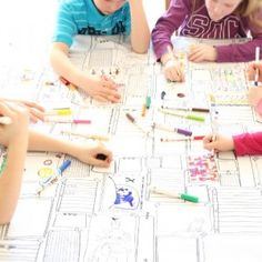 Väritettävä pöytäliina. Mainio idea esim synttärijuhliin! Hauska pöytäliina, jossa olevia kuvioita voi värittää vesipestävillä tusseilla, pestä ja värittää uudelleen ja uudelleen. Tästä on iloa kerta toisensa jälkeen!