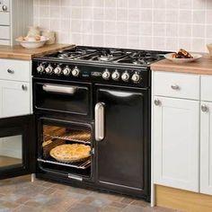 maxi cuisini re leisure cm9r 5 feux 3 fours coloris bordeaux prix promo conforama ttc. Black Bedroom Furniture Sets. Home Design Ideas