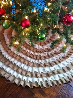 Tree skirt - from A Painted Nest