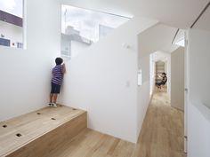 Modern Hall by Tomohiro Hata Architects & Associates